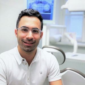 Dr. Leon Golestani